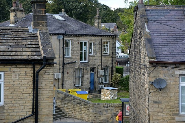 ear wax removal farsley 53.8124411,-1.6925634,